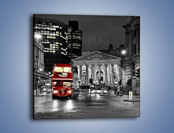 Obraz na płótnie – Czerwony autobus w Londynie – jednoczęściowy kwadratowy AM395