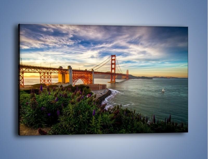 Obraz na płótnie – Most Golden Gate o zachodzie słońca – jednoczęściowy prostokątny poziomy AM332