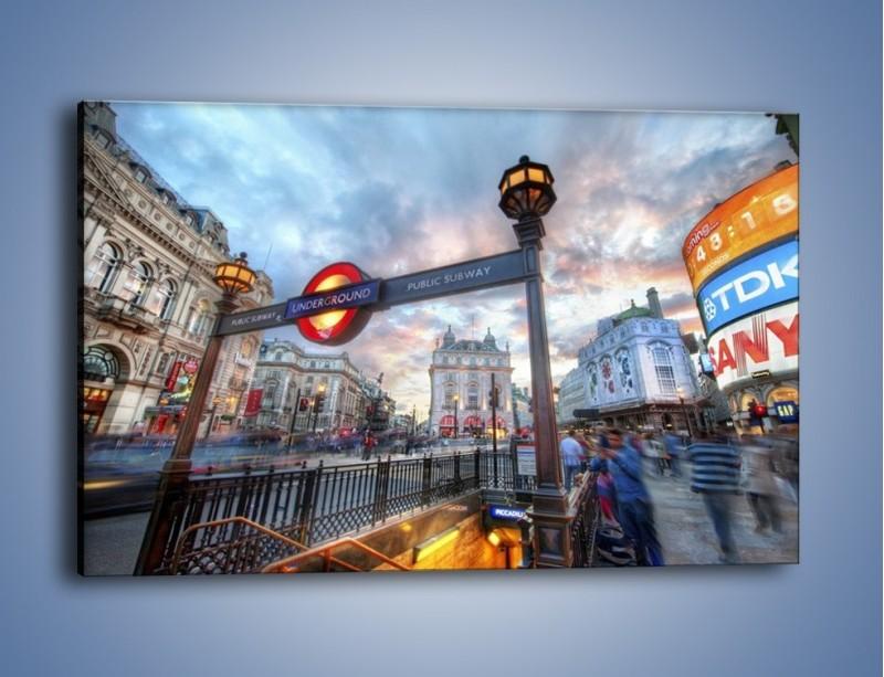 Obraz na płótnie – Wejście do londyńskiego metro – jednoczęściowy prostokątny poziomy AM334