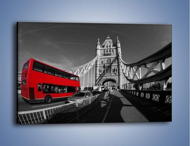 Obraz na płótnie – Tower Bridge i czerwony autobus – jednoczęściowy prostokątny poziomy AM394