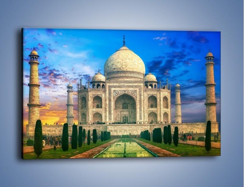 Obraz na płótnie – Tadź Mahal pod niebieskim niebem – jednoczęściowy prostokątny poziomy AM466