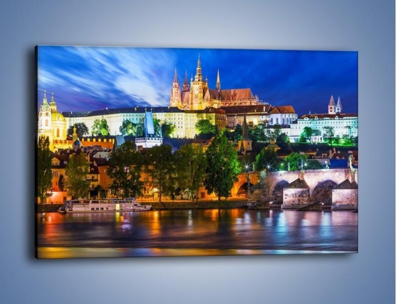 Obraz na płótnie – Czeska katedra nad rzeką Wełtawa – jednoczęściowy prostokątny poziomy AM514