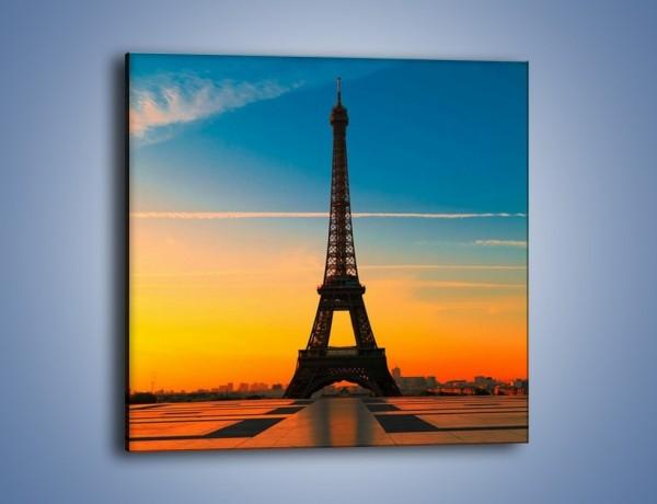 Obraz na płótnie – Wieża Eiffla o zachodzie słońca – jednoczęściowy kwadratowy AM417