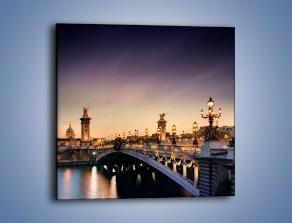 Obraz na płótnie – Most Aleksandra III o zmierzchu – jednoczęściowy kwadratowy AM440