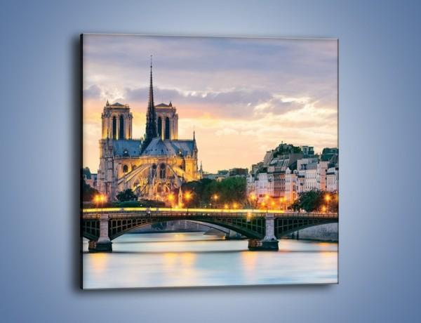Obraz na płótnie – Katedra Notre Dame – jednoczęściowy kwadratowy AM454