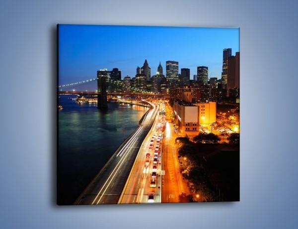 Obraz na płótnie – Manhattan wieczorową porą – jednoczęściowy kwadratowy AM477
