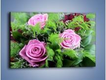 Obraz na płótnie – Bukiet róż wypełniony trawką – jednoczęściowy prostokątny poziomy K068
