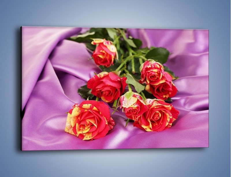 Obraz na płótnie – Błogi odpoczynek z różą – jednoczęściowy prostokątny poziomy K251