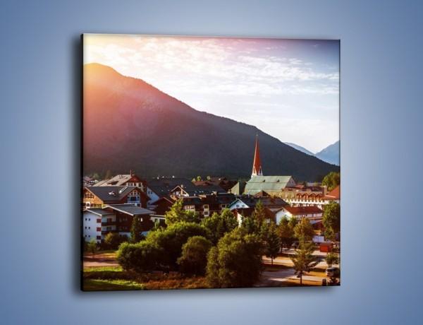 Obraz na płótnie – Austryjackie miasteczko u podnóży gór – jednoczęściowy kwadratowy AM496