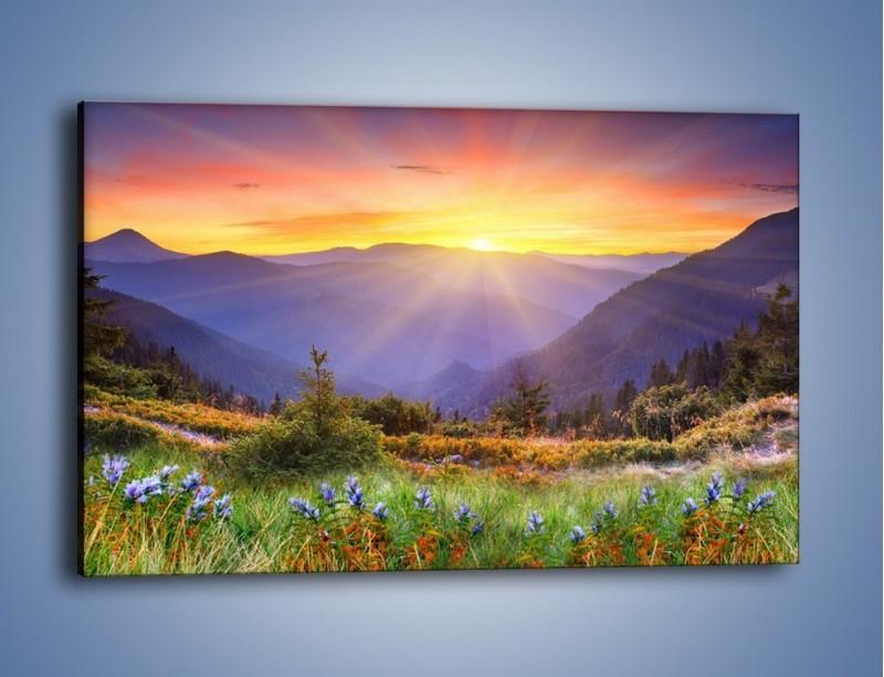 Obraz na płótnie – Góry o zachodzie słońca – jednoczęściowy prostokątny poziomy KN014
