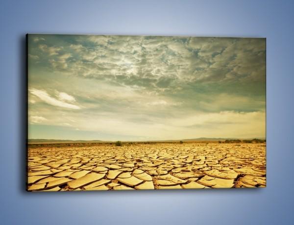 Obraz na płótnie – Ciemne chmury nad popękaną ziemią – jednoczęściowy prostokątny poziomy KN025