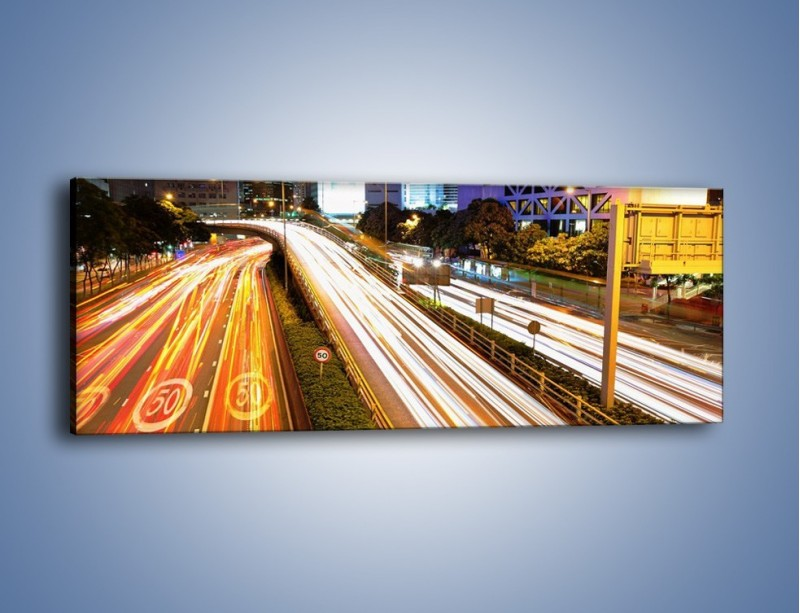 Obraz na płótnie – Ulice w ruchu w mieście – jednoczęściowy panoramiczny AM089