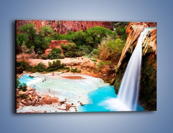 Obraz na płótnie – Zabawy przy wodospadzie – jednoczęściowy prostokątny poziomy KN095