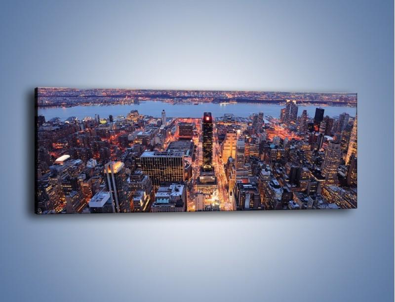 Obraz na płótnie – Budzące się ze snu miasto – jednoczęściowy panoramiczny AM097
