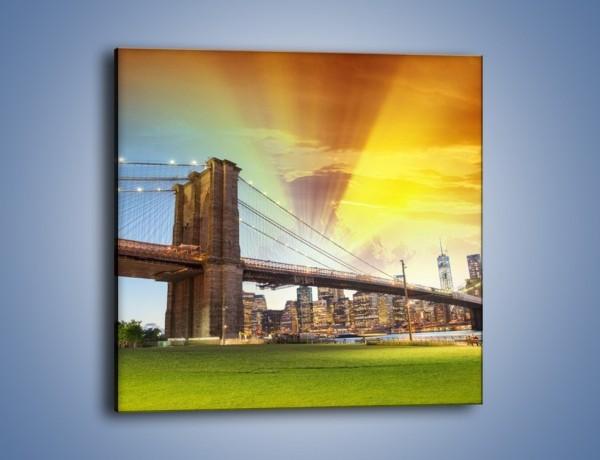 Obraz na płótnie – Zachód słońca nad Mostem Brooklińskim – jednoczęściowy kwadratowy AM534