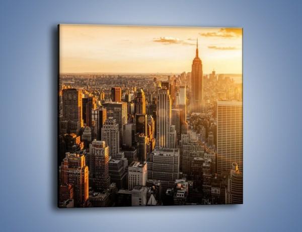 Obraz na płótnie – Zachód słońca nad Nowym Jorkiem – jednoczęściowy kwadratowy AM550