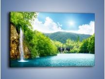 Obraz na płótnie – Cały urok górskich wodospadów – jednoczęściowy prostokątny poziomy KN769
