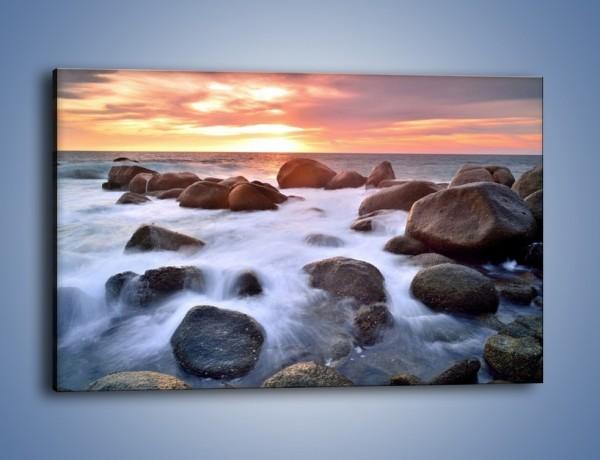 Obraz na płótnie – Kamienie zatopione w morzu – jednoczęściowy prostokątny poziomy KN930