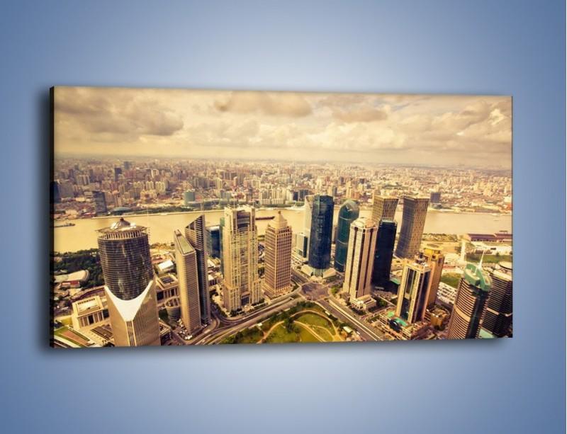 Obraz na płótnie – Miasto w pochmurny dzień – jednoczęściowy panoramiczny AM178