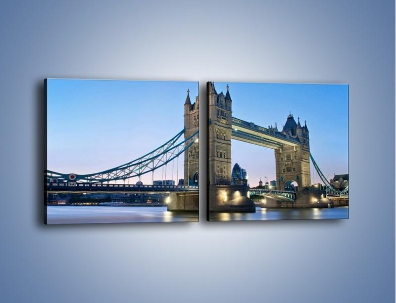 Obraz na płótnie – Tower Bridge o poranku – dwuczęściowy kwadratowy poziomy AM143
