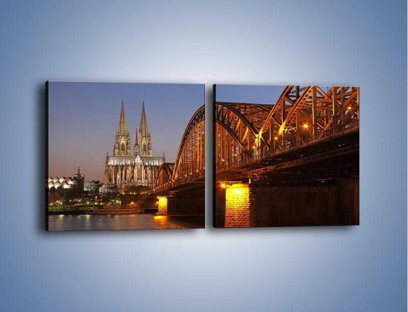 Obraz na płótnie – Most na tle kościoła – dwuczęściowy kwadratowy poziomy AM186