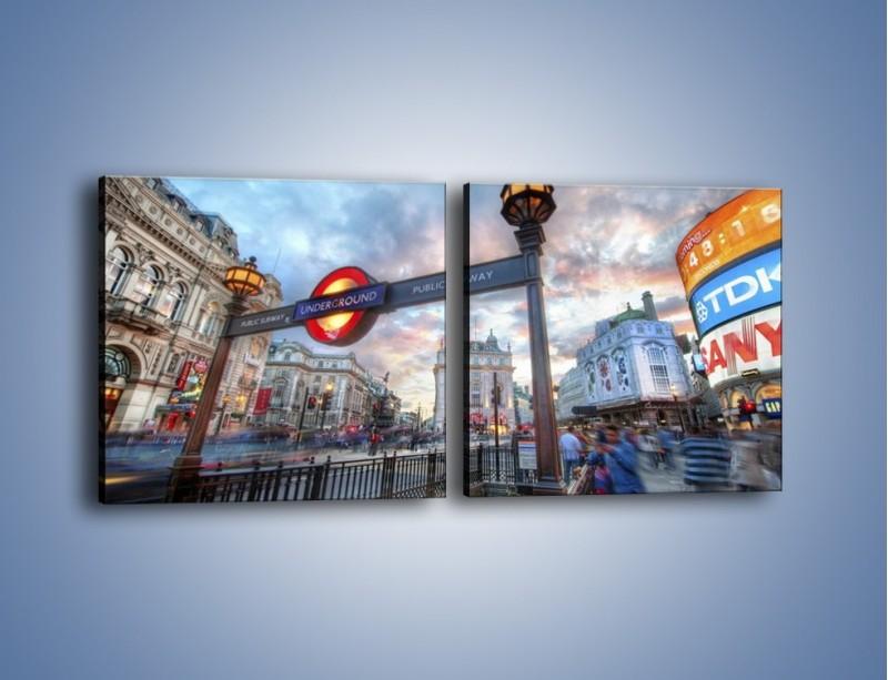 Obraz na płótnie – Wejście do londyńskiego metro – dwuczęściowy kwadratowy poziomy AM334