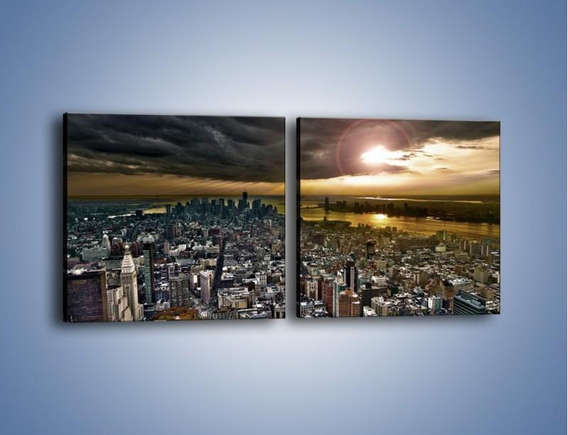 Obraz na płótnie – Czarne chmury nad Nowym Yorkiem – dwuczęściowy kwadratowy poziomy AM347