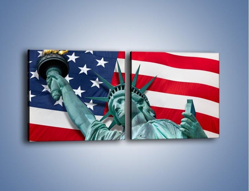 Obraz na płótnie – Statua Wolności na tle flagi USA – dwuczęściowy kwadratowy poziomy AM435