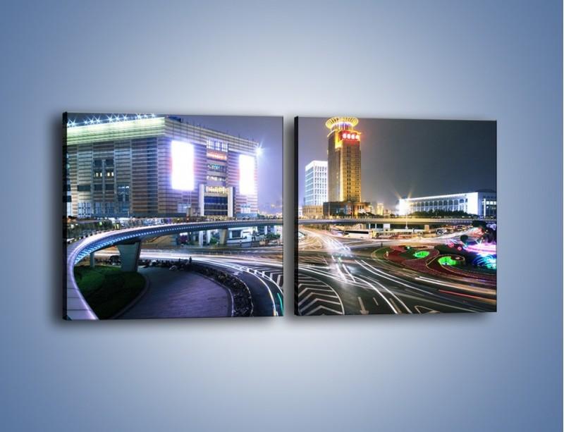 Obraz na płótnie – Oświetlone skrzyżowanie ulic w Szanghaju – dwuczęściowy kwadratowy poziomy AM446