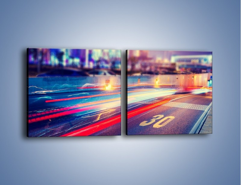 Obraz na płótnie – Ulica w ruchu świateł samochodowych – dwuczęściowy kwadratowy poziomy AM482