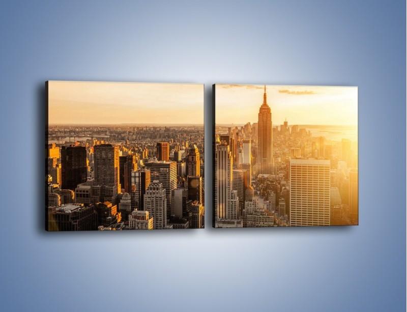 Obraz na płótnie – Zachód słońca nad Nowym Jorkiem – dwuczęściowy kwadratowy poziomy AM550