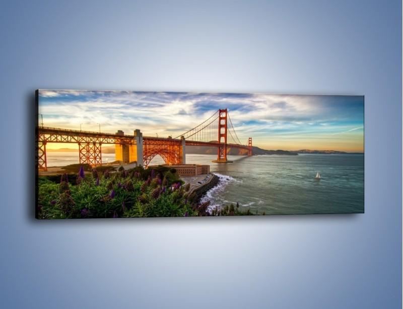 Obraz na płótnie – Most Golden Gate o zachodzie słońca – jednoczęściowy panoramiczny AM332