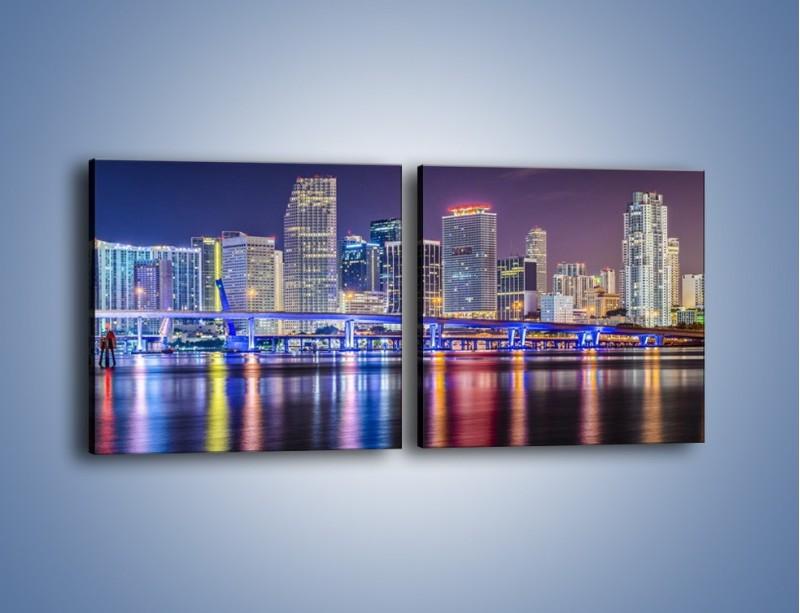 Obraz na płótnie – Światla Miami w odbiciu wód Biscayne Bay – dwuczęściowy kwadratowy poziomy AM813