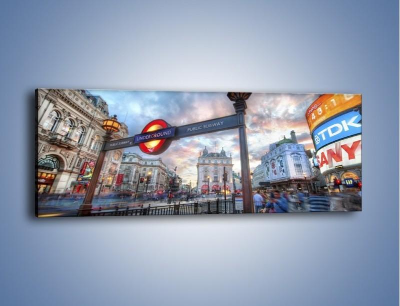 Obraz na płótnie – Wejście do londyńskiego metro – jednoczęściowy panoramiczny AM334