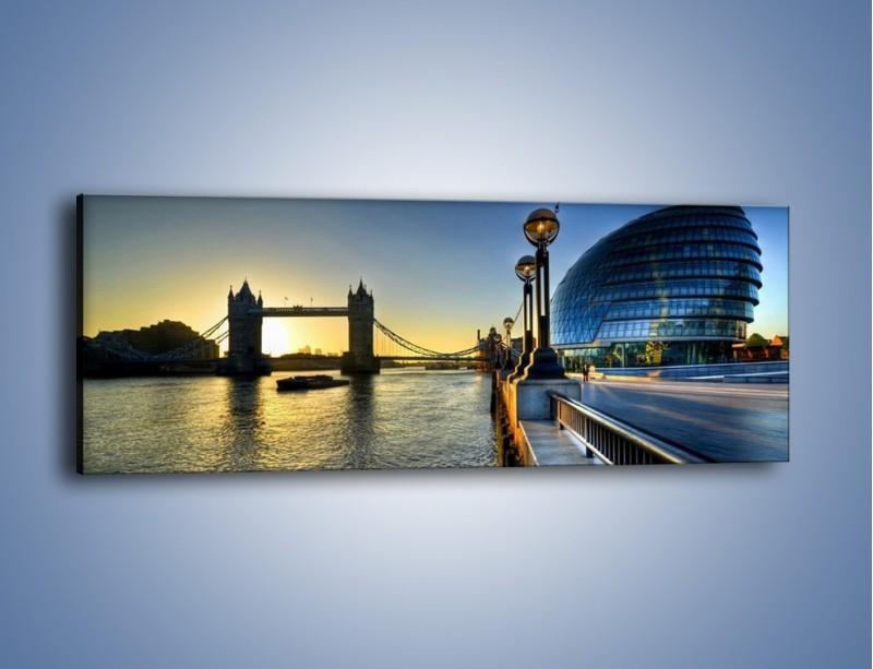 Obraz na płótnie – Londyński Tower Bridge – jednoczęściowy panoramiczny AM348