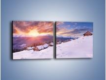 Obraz na płótnie – Chatka w śnieżnym dywanie – dwuczęściowy kwadratowy poziomy KN725