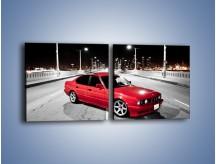 Obraz na płótnie – BMW 5 E34 na moście – dwuczęściowy kwadratowy poziomy TM227