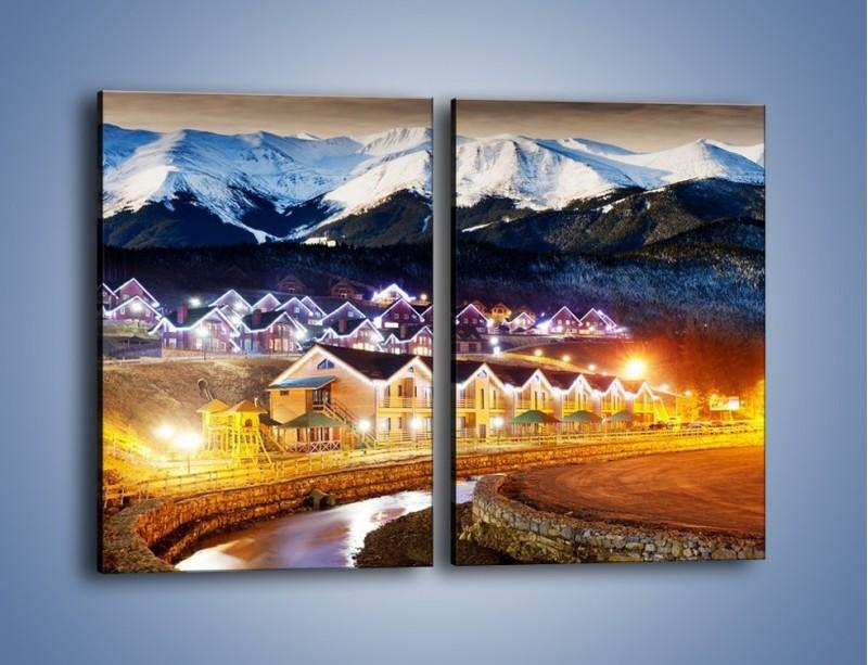 Obraz na płótnie – Oświetlone domki pod górami – dwuczęściowy prostokątny pionowy AM070