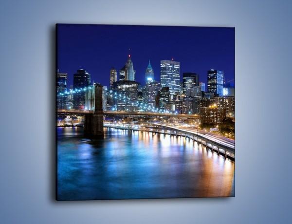 Obraz na płótnie – Nocne światła Nowego Yorku – jednoczęściowy kwadratowy AM726