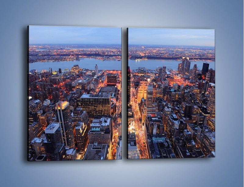 Obraz na płótnie – Budzące się ze snu miasto – dwuczęściowy prostokątny pionowy AM097