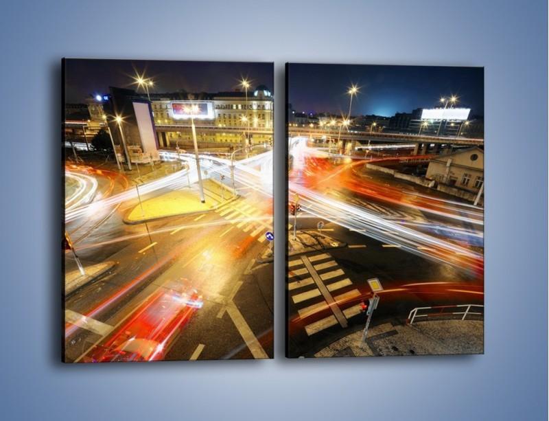 Obraz na płótnie – Światła samochodów w ruchu na skrzyżowaniu – dwuczęściowy prostokątny pionowy AM279