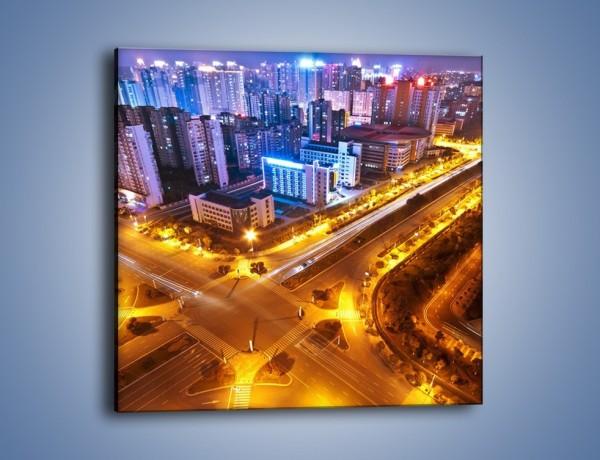 Obraz na płótnie – Skrzyżowanie ulic w dużym mieście – jednoczęściowy kwadratowy AM732