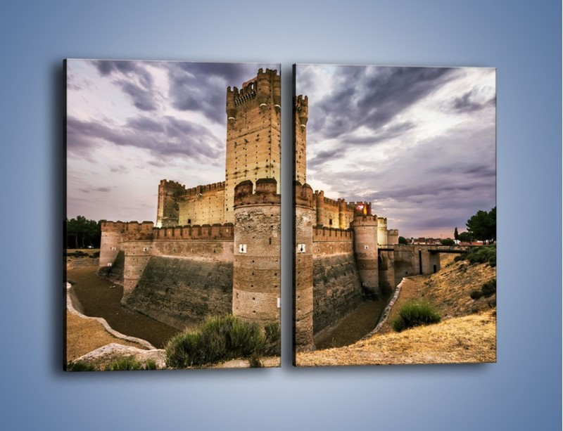 Obraz na płótnie – Zamek La Mota w Hiszpanii – dwuczęściowy prostokątny pionowy AM457