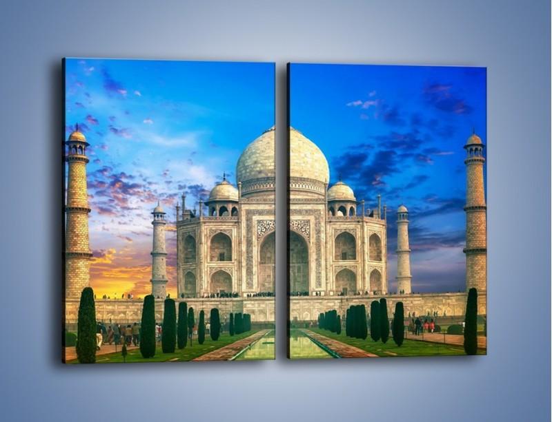 Obraz na płótnie – Tadź Mahal pod niebieskim niebem – dwuczęściowy prostokątny pionowy AM466
