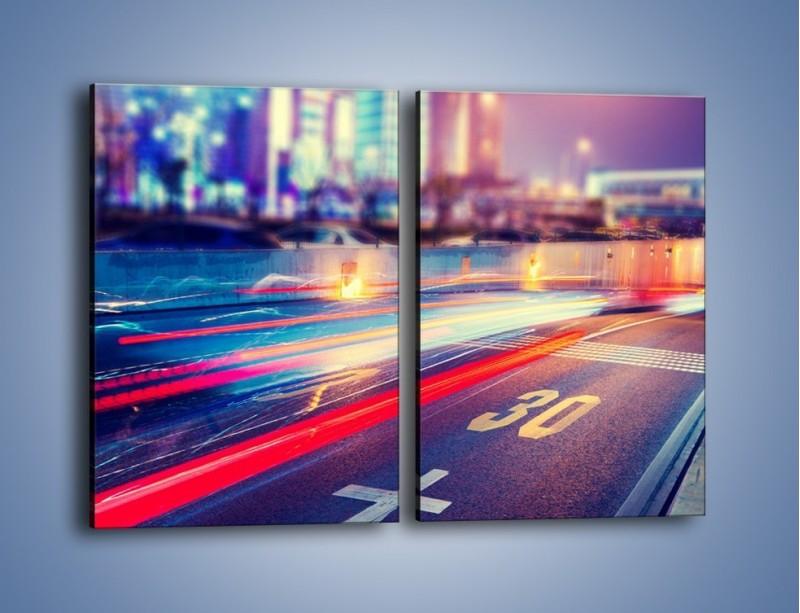 Obraz na płótnie – Ulica w ruchu świateł samochodowych – dwuczęściowy prostokątny pionowy AM482