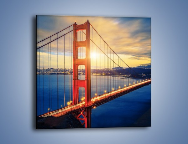 Obraz na płótnie – Zachód słońca nad Mostem Golden Gate – jednoczęściowy kwadratowy AM738