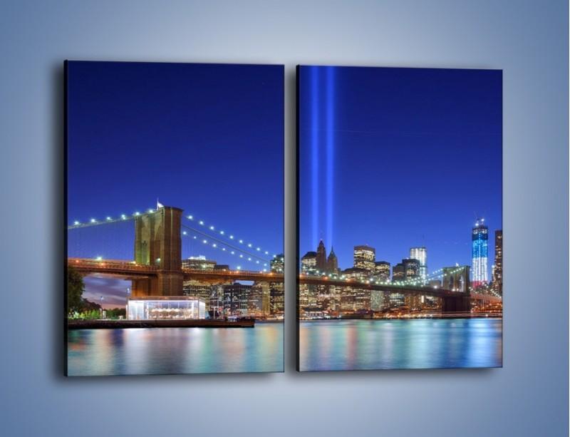 Obraz na płótnie – Świetlne kolumny w Nowym Jorku – dwuczęściowy prostokątny pionowy AM757