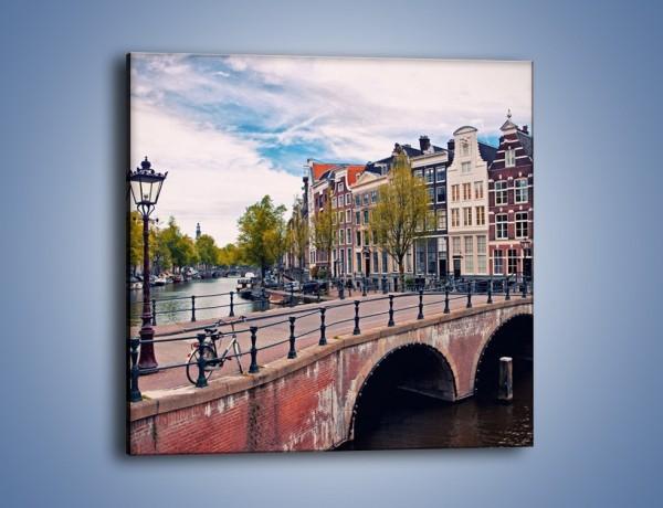 Obraz na płótnie – Kanał i most amsterdamski – jednoczęściowy kwadratowy AM759