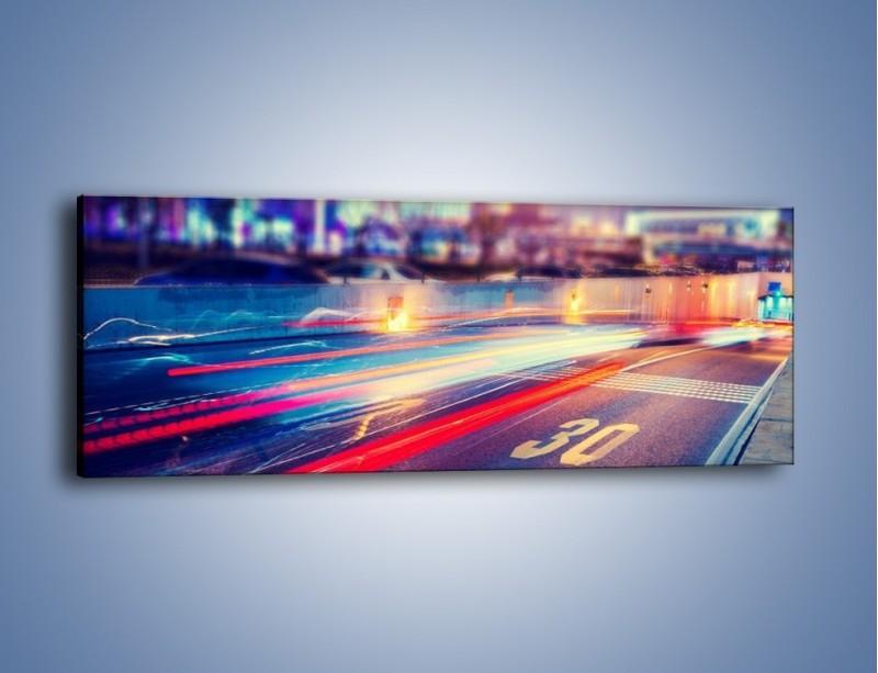 Obraz na płótnie – Ulica w ruchu świateł samochodowych – jednoczęściowy panoramiczny AM482