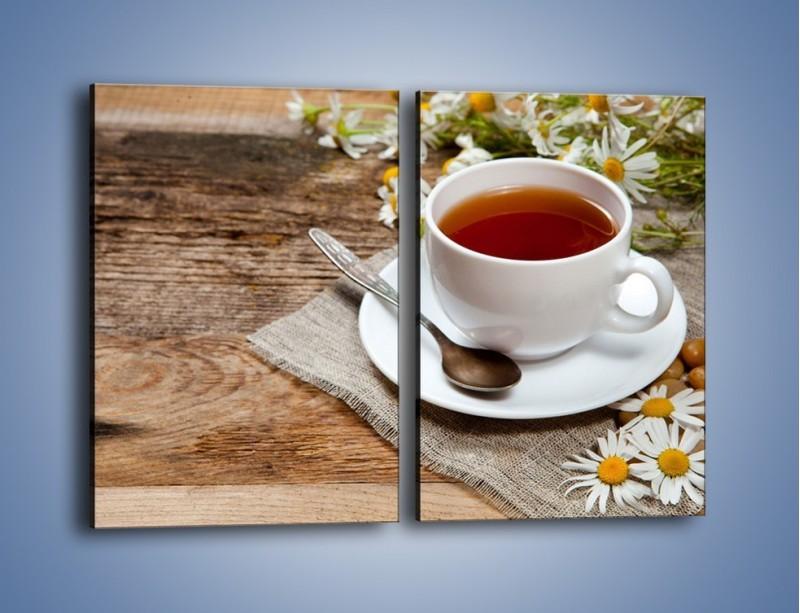 Obraz na płótnie – Herbata wśród stokrotek – dwuczęściowy prostokątny pionowy JN413